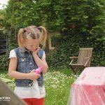Kind schmollt, Kind bekommt Reifen statt Kinderwagen., Imagefilm CargoLine, Making of, Hinter den Kulissen, Verwechslung